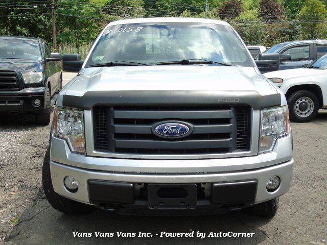 2010 Ford F-150 STX SuperCab 6.5-ft. Bed 4WD Pick-Up Truck